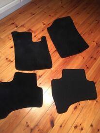 Set of 4 car mats - Citroen C1