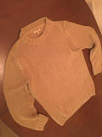 Burberry pullover in gold! Size M
