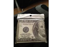 A $100 note wallet