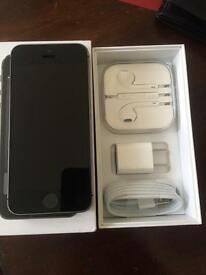 US iPhone 5s (nearly new)