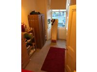 Cozy Double Room in Centre Location for Flatshare in Large Flat with Garden