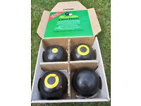 Henselite Super Grip Lawn Bowls, Size 3
