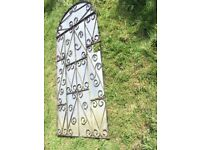 LARGE ARCHED GATE * SECURITY *