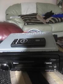 SONY XPLOD mex bt 3900u model mp3 iPod aux in 4x52W