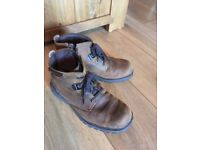 Skechers Mens Distressed Leather Style Boots. UK Size 8. Very Good Condition.