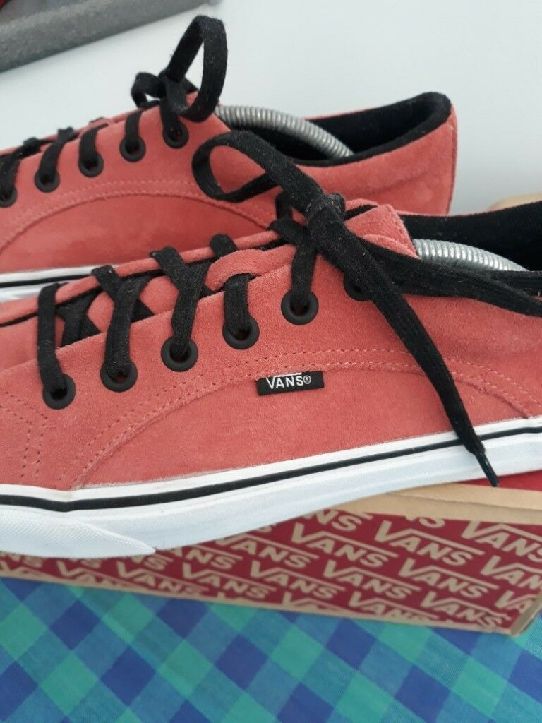 c8e4d3d6268967 VANS Lampin Suede Trainers in Faded Rose - UK Size 10.5   Euro 45 - New