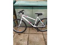 Btwin womens/girls mountain bike