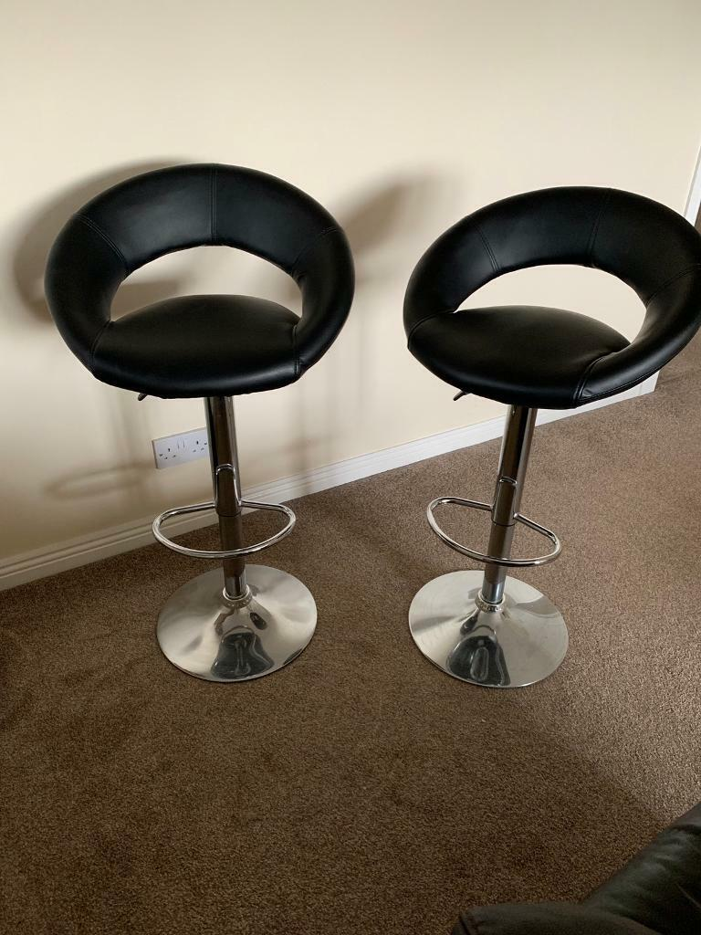 Peachy 2 Black Leather Bar Stools For Sale 6 Months Old And Virtually Never Used Excellent Condition In Motherwell North Lanarkshire Gumtree Machost Co Dining Chair Design Ideas Machostcouk