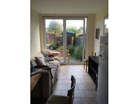 *Double rooms available in a Beautiful 5 bedrooms house in Caledonian Road N7 8UJ