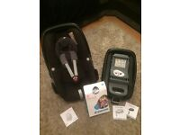 Maxi Cosi Pebble Baby Car Seat with Maxi Cosi FamilyFix Isofix Base, rain cover and sun canopy
