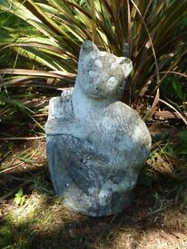 Vintage Cast Stone Cat on Tree Stump Garden Ornament Statue 26cm Tall