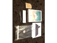ipad pro 12.9 2nd generation lots of extras as see add ect sell or swap