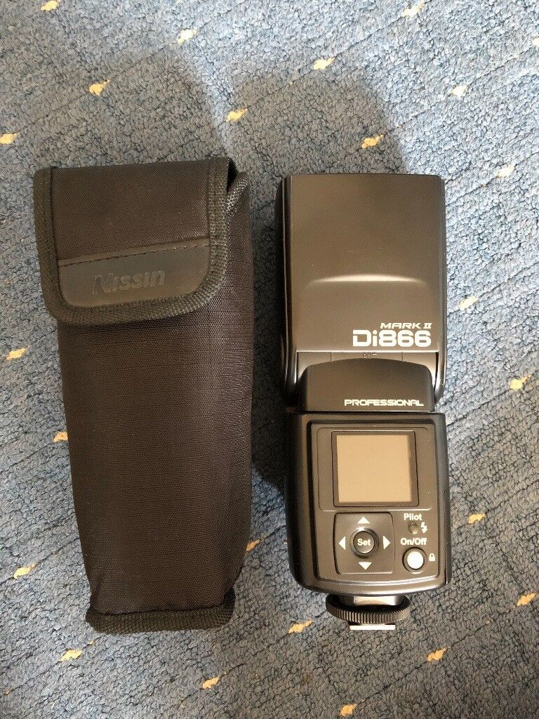 Nissin Di866 Mark II (pre-owned - immaculate condition)