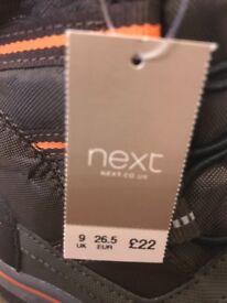 Brand new next snow boots kids size9