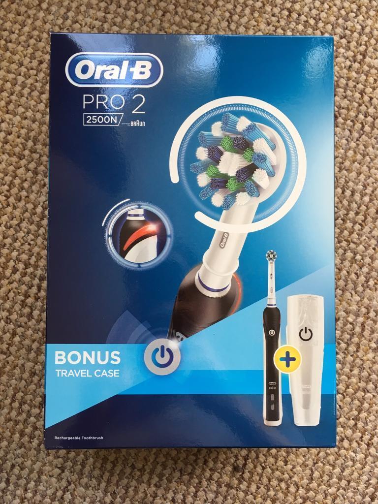Oral-B Pro 2 2500 electric toothbrush  ba29067cd648