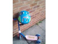 Spiderman boys scooter with Thomas the tank engine helmet