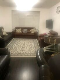 SWISS ESTATE IS PROUD TO PRESENT FANTASTIC 3 BEDROOMHOUSE TO RENT IN BARKING
