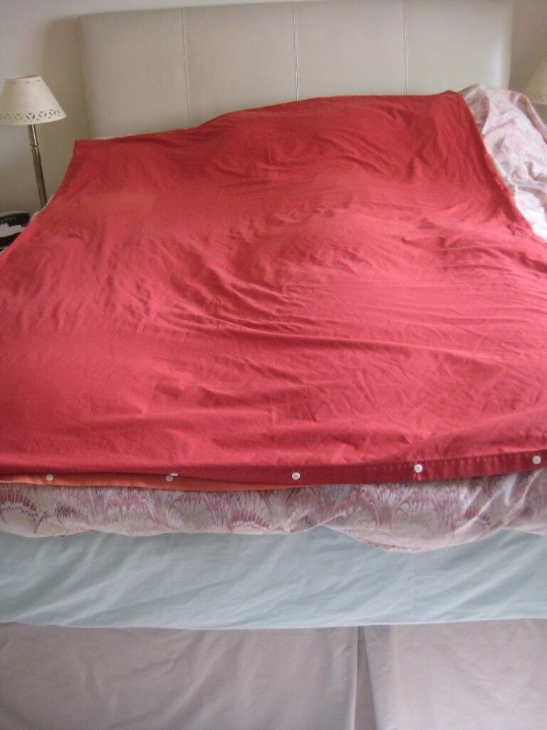 SINGLE QUILT/DUVET COTTON COVER RED ONE SIDE ORANGE ON OTHER
