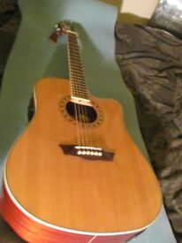 Washburn WD10SCE In Excellent Condition with Hard Case