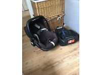 Maxi Cosi Pebble Car Seat With Easy Base