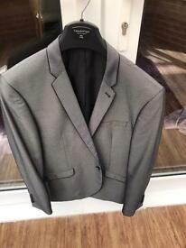 Man's grey slim fit suit