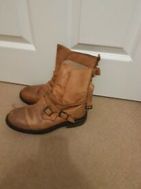 Topshop slouch boots - size 6