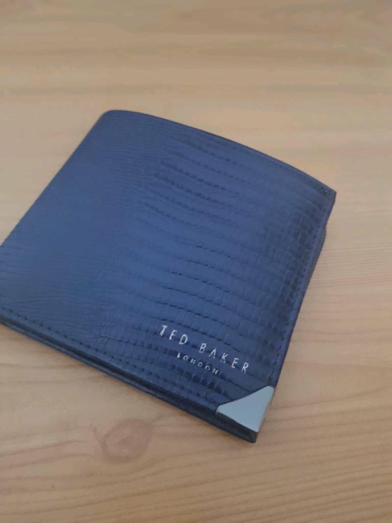 02aa8fea2 Original Ted Baker Mens Wallet