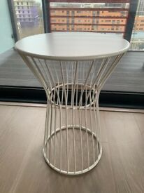 Boconcept Wire Stool Side Table white