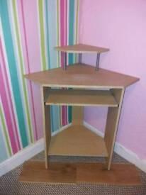 Desk £10