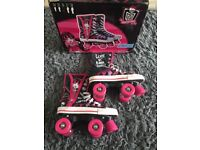 Monster high roller boots - size 3