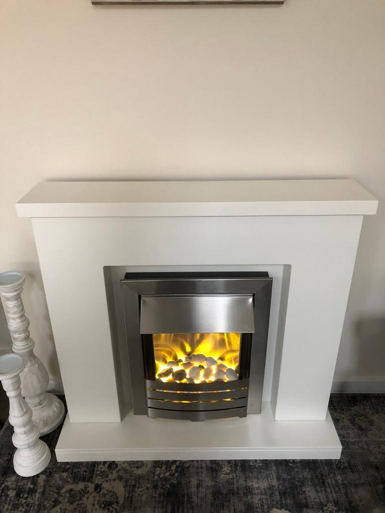 Modern electric fireplace with electric fire like new mantlepiece white