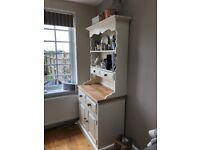 Shabby Chic kitchen dresser