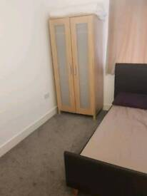 Double room to let in Marlow