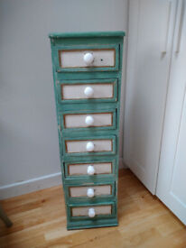 Wooden draw unit with 7 draws