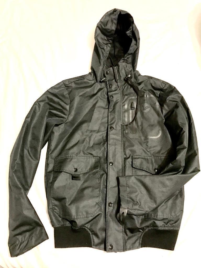 Voi Jacket brand-new
