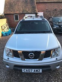Nissan Navara Outlaw 2.5D 4x4 - Awesome Truck