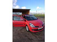 Renault clio 1.4 new shape 2 doors red beauty