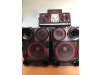 LG x boom stereo system 25'000 Watts 300 Ono