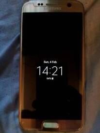 Samsung S7 32g Near new condition.