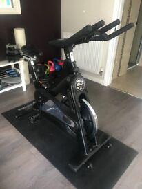 TomaHawk Indoor Bike IC1