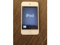 Ipod touch 4 (8GB) in White. Very good condition.