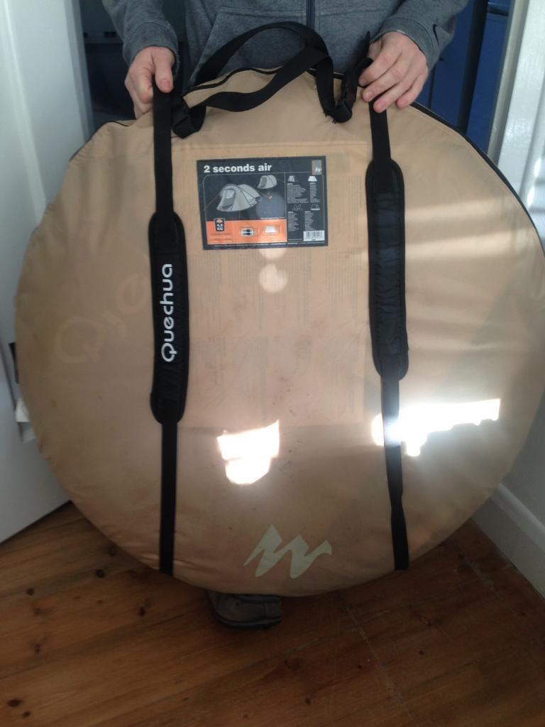Quechua decathlon 2 seconds pop up tent & Quechua decathlon 2 seconds pop up tent | in Colliers Wood London ...
