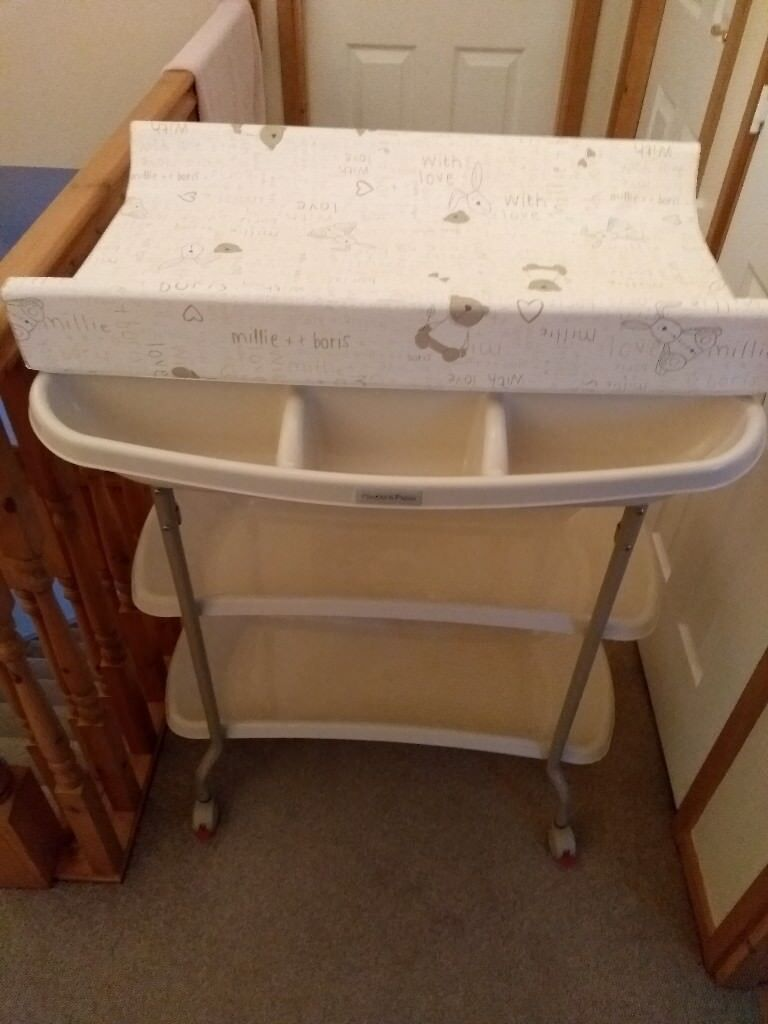Mamas And Papas Baby Changing And Bathing Station