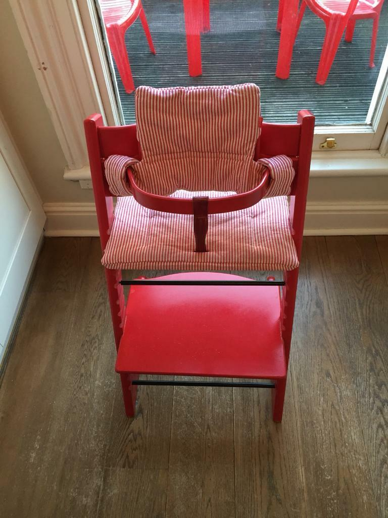 Genial Red Stokke Tripp Trapp High Chair With Baby Set And Harness