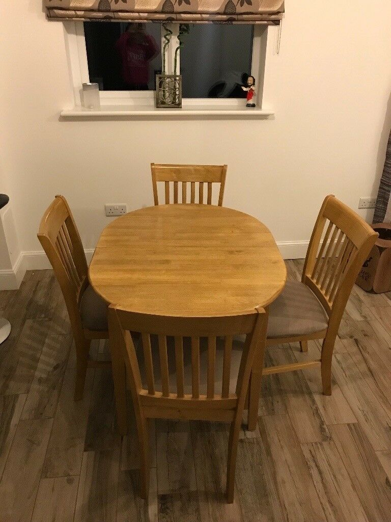 Small Pine Wood Extendable Dining Table With 4 Chairs