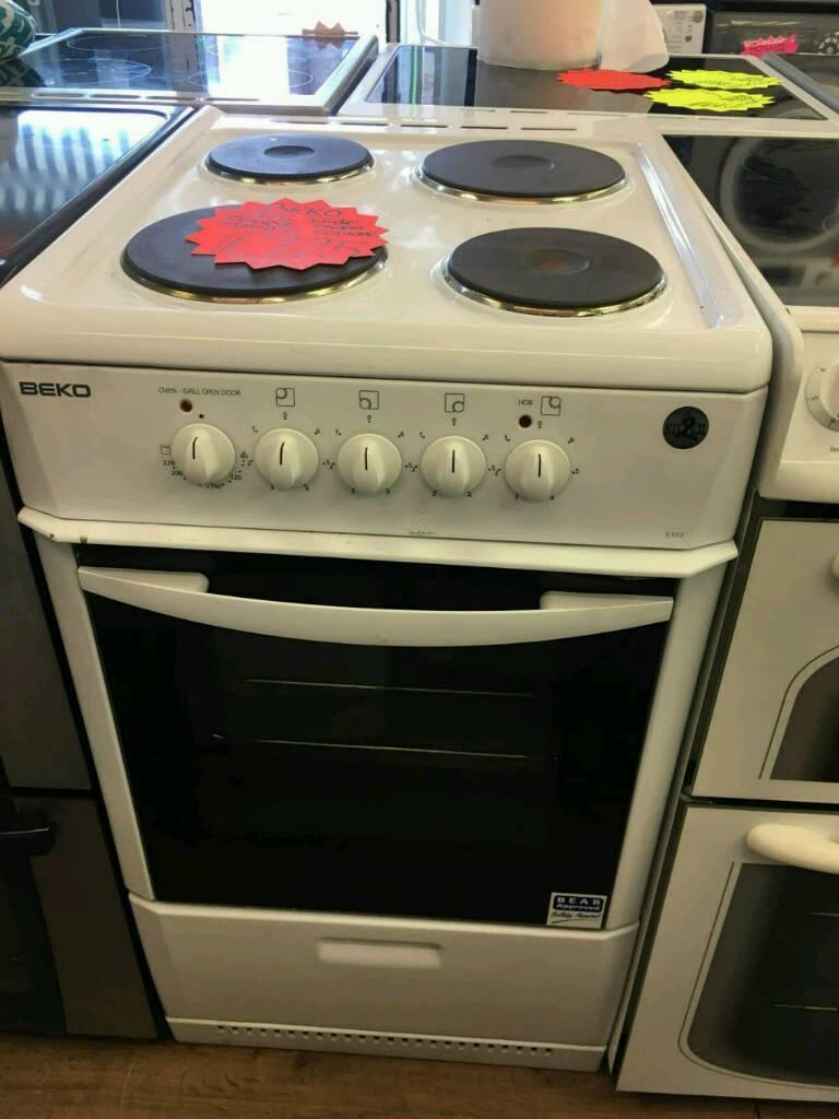 Single Oven Electric Cooker Part - 48: BEKO WHITE 50CM WIDE SINGLE OVEN ELECTRIC COOKER