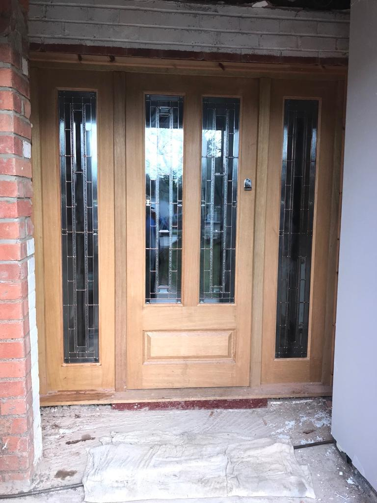 OAK Exterior Door With Frame And Sidelights
