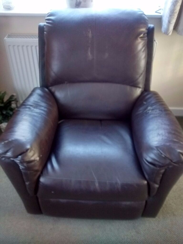 Leather looking recliner chair. from Debenhams. & Leather looking recliner chair. from Debenhams. | in Hessle East ... islam-shia.org