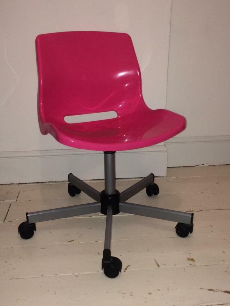 Pink Swivel Chair