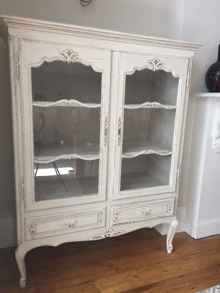 Antique / Vintage Shabby Chic Dresser / Drinks Or Display Cabinet   Antique  / Vintage Shabby
